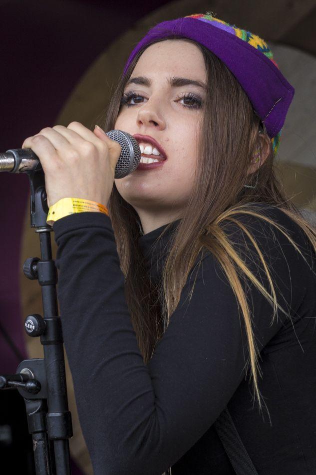 Ryn Weaver-1