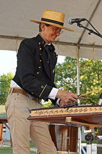 Alferd Packer Memorial String Band / Photo by Fally Afani